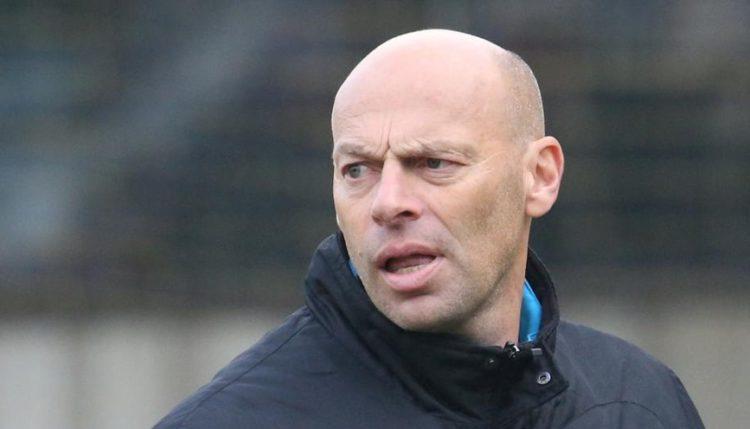 Club zoekt nieuwe hoofdtrainer