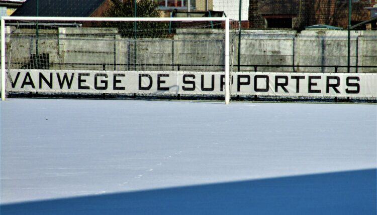 Club Roeselare onder een sneeuwtapijt