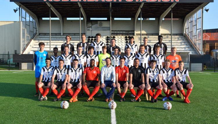 Ploegfoto Beloften Club Roeselare seizoen 2021-2022