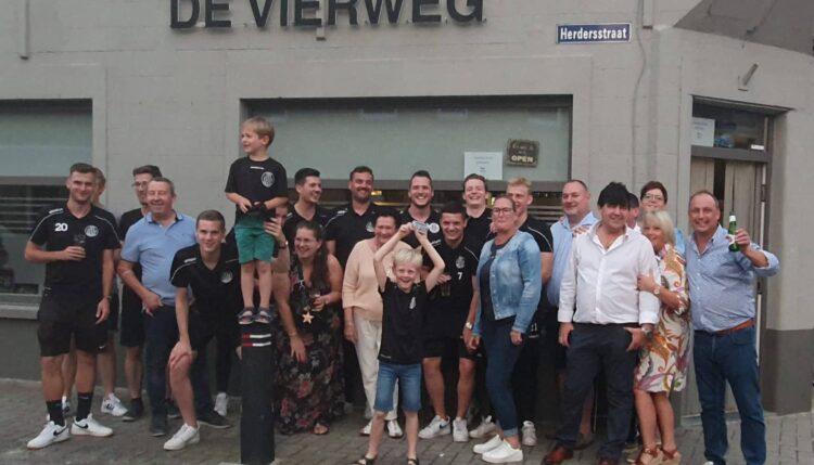 Supporter voor Club Roeselare en de Belgen in het WK wielrennen